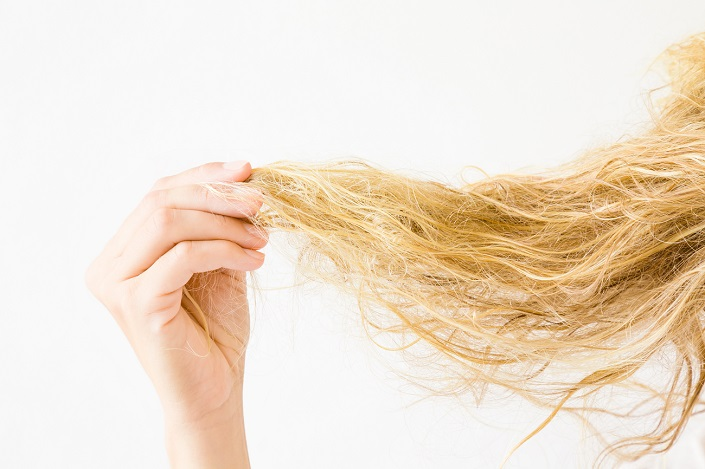 How To Tame Frizzy Hair Overnight Hair Care By John Frieda